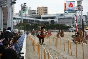 120103川崎競馬場で流鏑馬