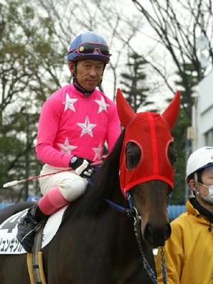 内田利雄騎手-090121-大井6R-ヤマジュンギンガ-3.jpg