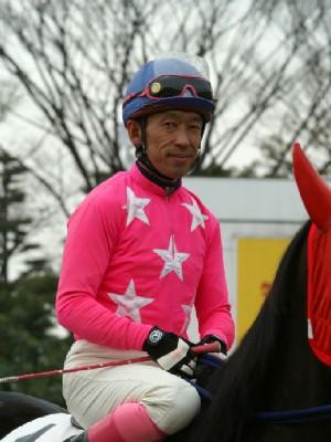 内田利雄騎手-090121-大井6R-ヤマジュンギンガ-4.jpg