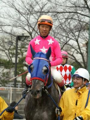 内田利雄騎手-090121-大井7R-トップテリトリー-2.jpg
