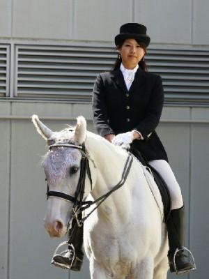 川崎競馬の誘導馬 4月開催 コスプレ無しVer 1.jpg