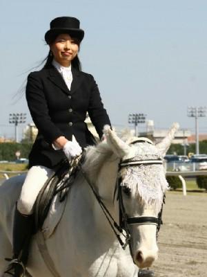 川崎競馬の誘導馬 4月開催 コスプレ無しVer 4.jpg