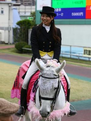 川崎競馬の誘導馬 4月開催 義援金募金Ver 1.jpg