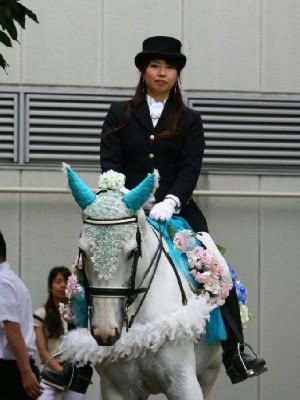 川崎競馬の誘導馬 6月開催 紫陽花 トーチくん 2